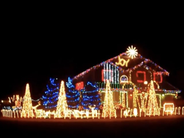 Are These the Best Christmas Lights Ever? [VIDEO]