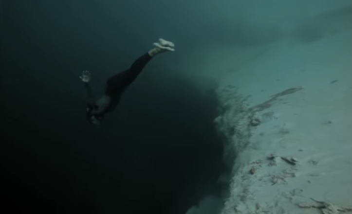 Free Diving Video: Beautiful Insanity