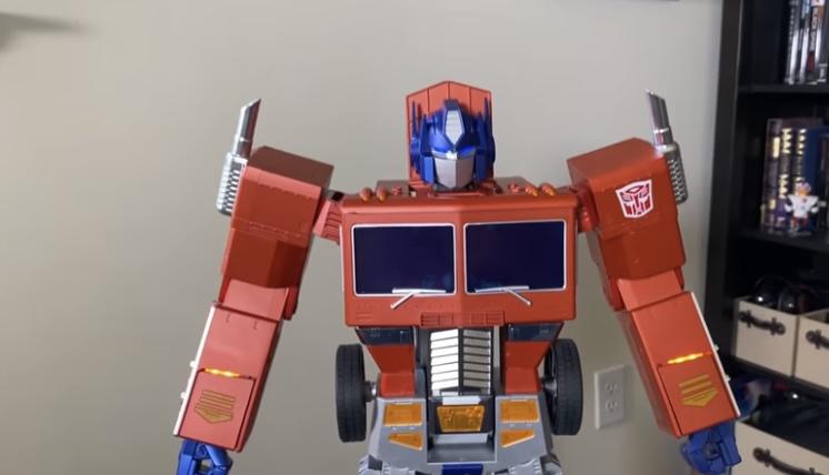 Take My Money! Optimus Prime Robot Transforms ALL BY ITSELF!