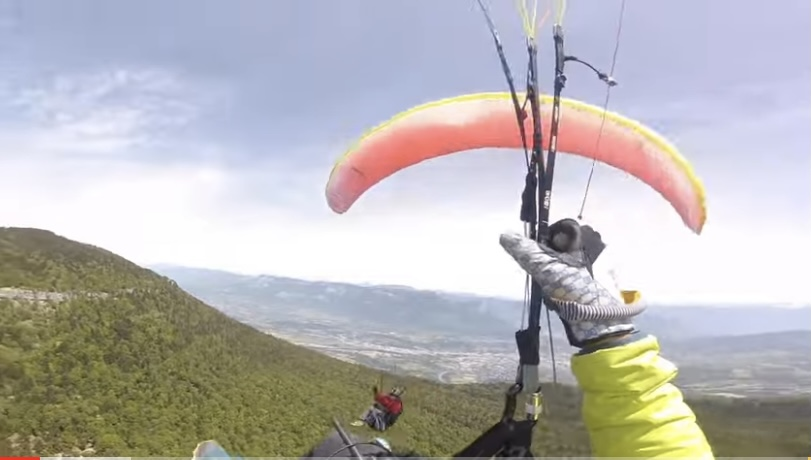 Paragliders Collide & Fall 4,000 Feet