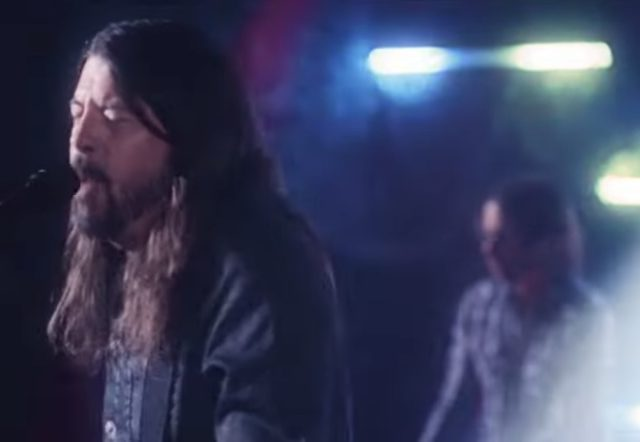 'You Should Be Dancing' – Dave Grohl Embraces the Brilliance of the Bee Gees