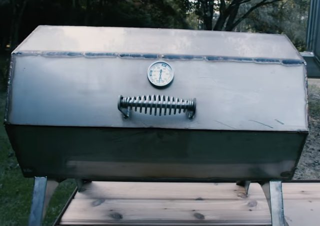 How to Light Your Grill the All Natural Brazilian Way!
