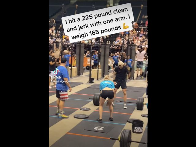 Watch One-Armed Man Clean & Jerk 225 Pounds