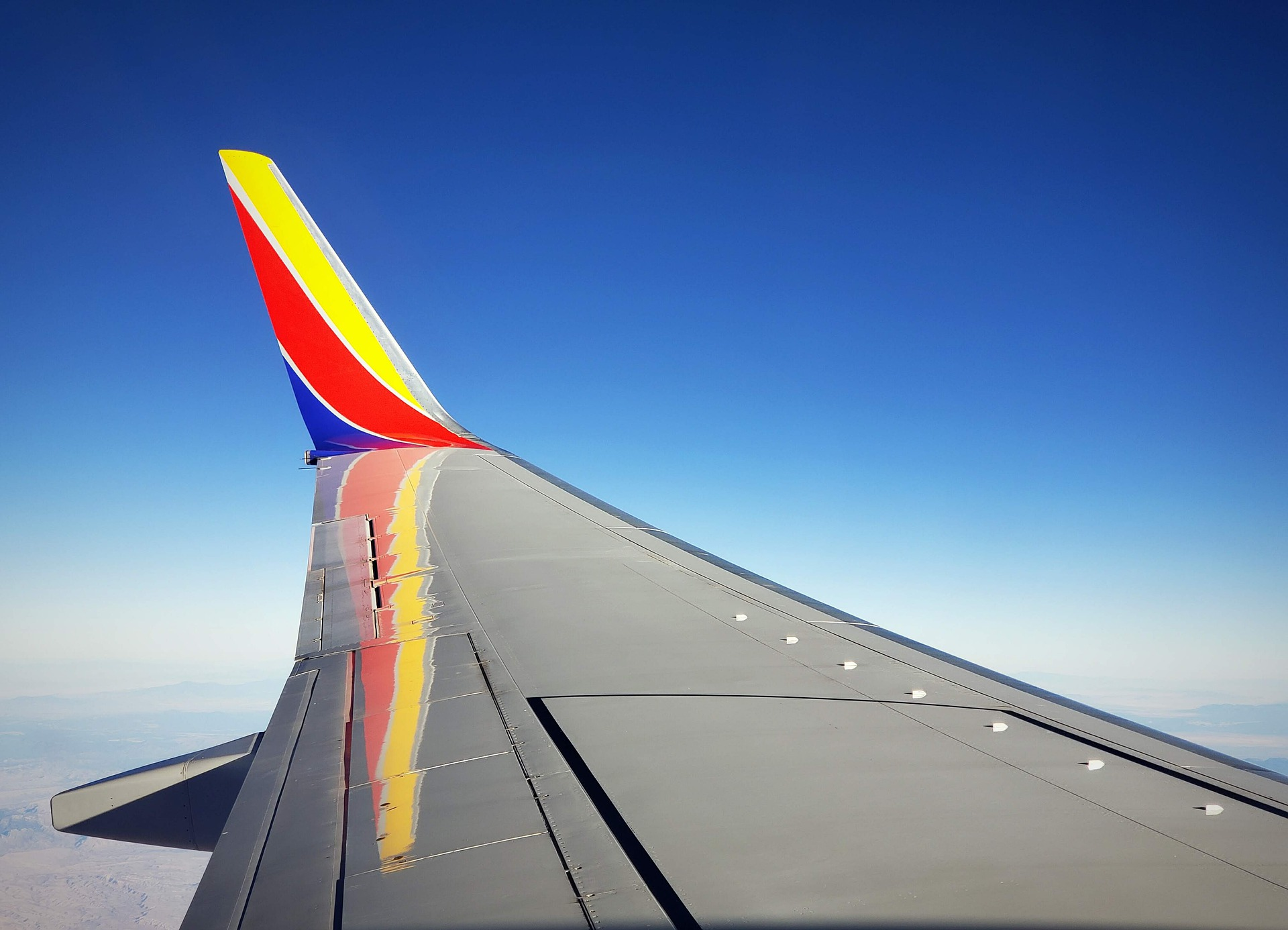 Southwest Cancels 1,000 Flights & Blames It on Weather, Air Traffic Control Shortly after Pilots Sue over Vaccine Mandate. Coincidence?